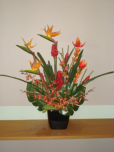 Boardroom flower arrangement hostwin