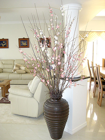 Lounge Room – Blossom Arrangement