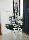 Mixed Flowers (Blue & Cream)