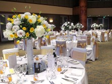 Rose & Lisianthus Table Centrepiece