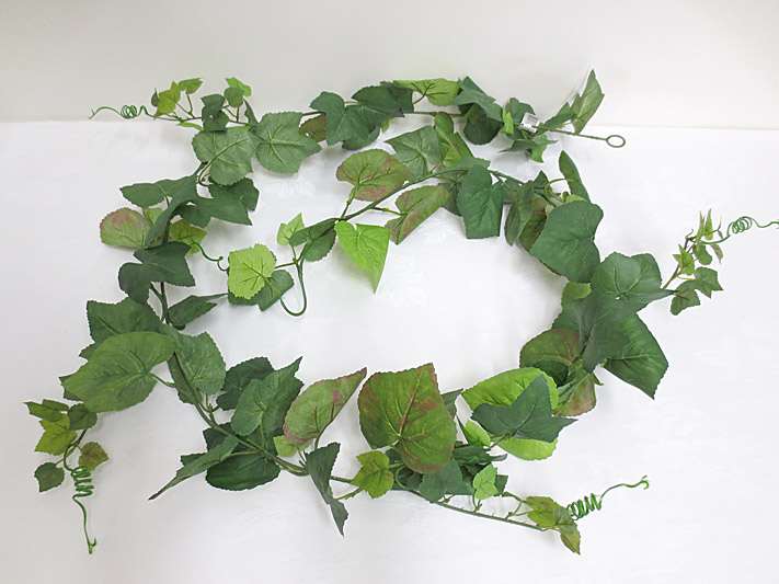 6′ Grape Leaf Garland