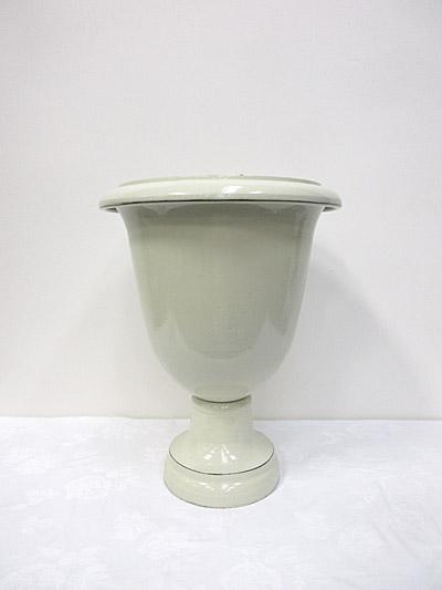 Medium Urn