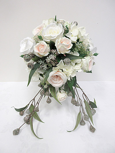 Champagne & White Mixed Teardrop Bouquet